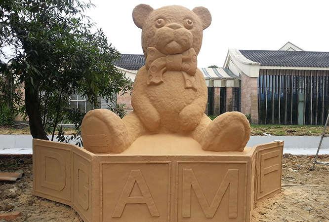 熊猫雕塑小品展示