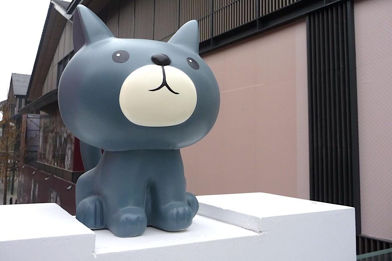玻璃钢狗卡通雕塑